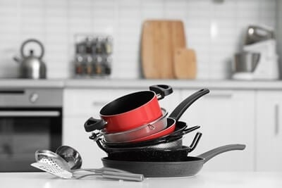what cookware is safe for parrots?